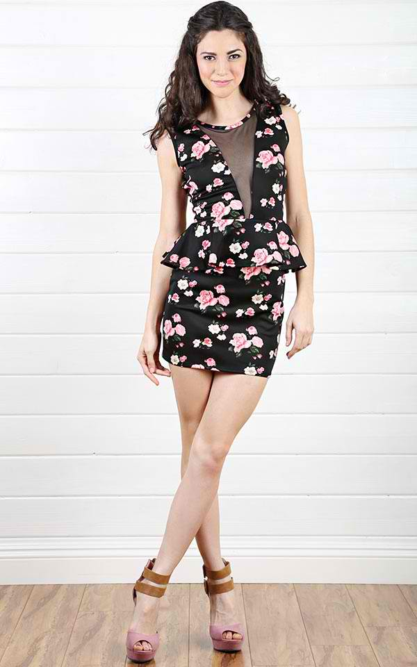 tips on how to wear floral print dress