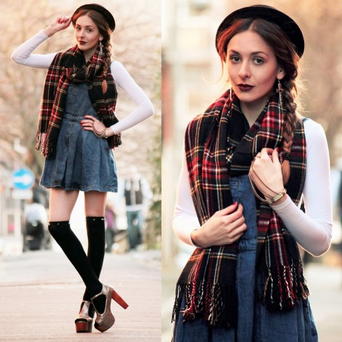 winter-clothes-with-scarf